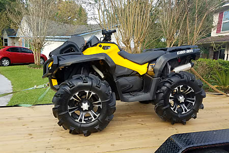 2017 Can AM 800 XMR Mud Edition